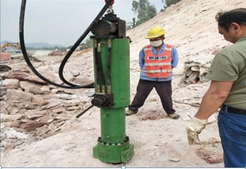 代替炸药二氧化碳的设备——岩石劈裂机