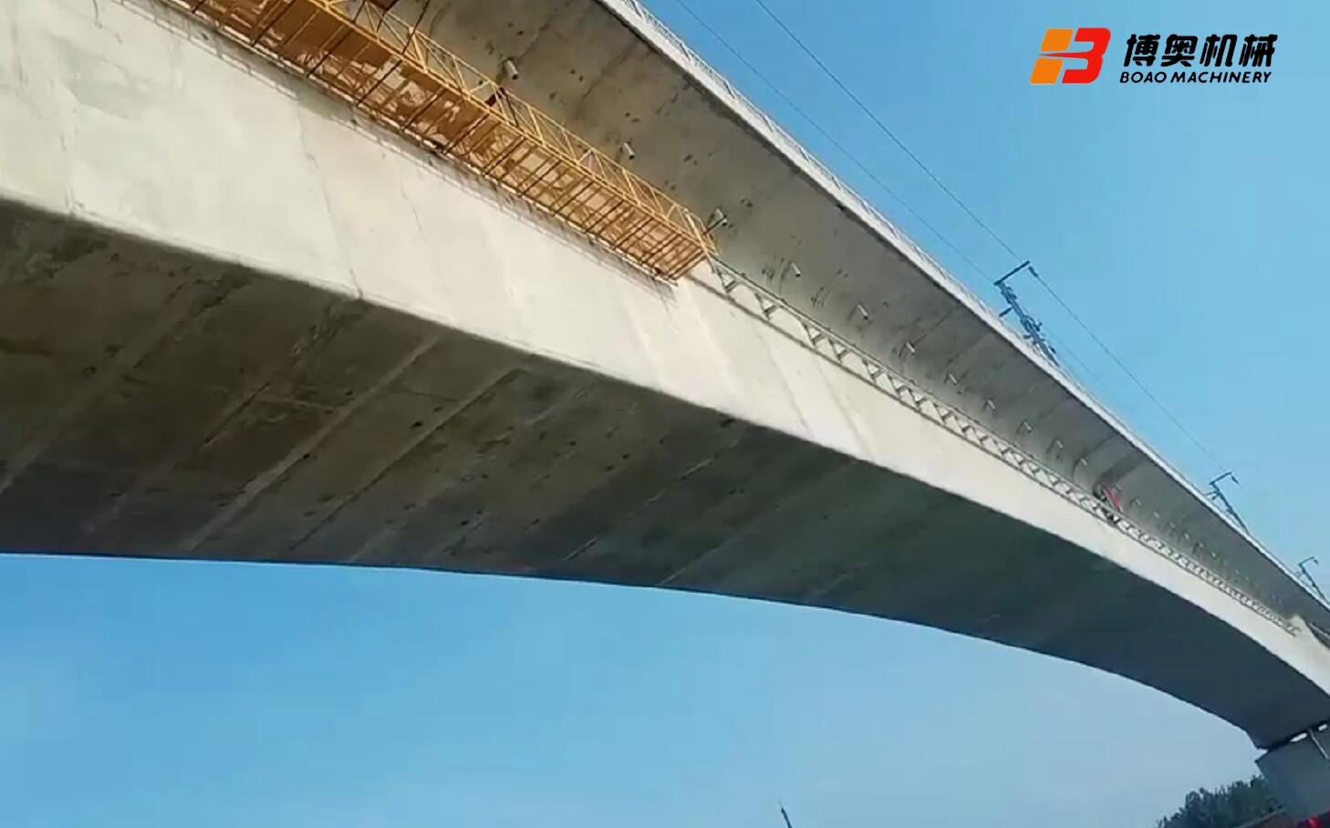 桥梁检查小车轨道安装